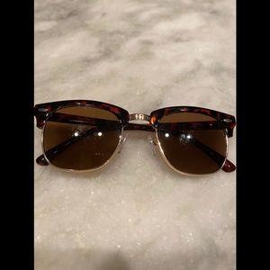 Lucky Brand Women's D901 Sunglasses 😎